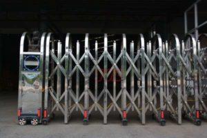 Cổng Xếp Inox MS 14