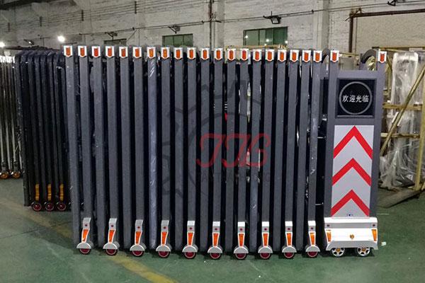 Cổng Xếp Nhôm Nhập Khẩu QG-L1651