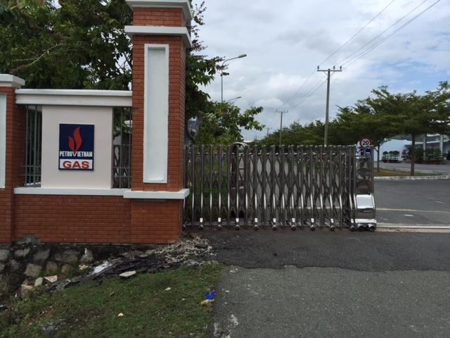 cổng xếp cho công ty dầu khí tại Bà Rịa Vũng Tàu