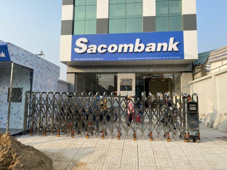 Cổng Xếp tại Sacombank Bình Chánh TPHCM