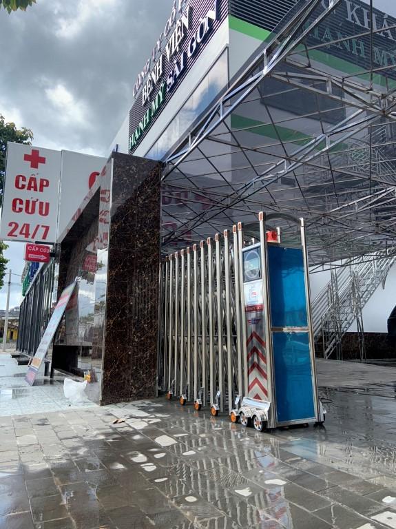 Thi công Cổng Xếp Nội Địa tại Bệnh viện Hạnh Mỹ Sài Gòn - Bình Phước (2)